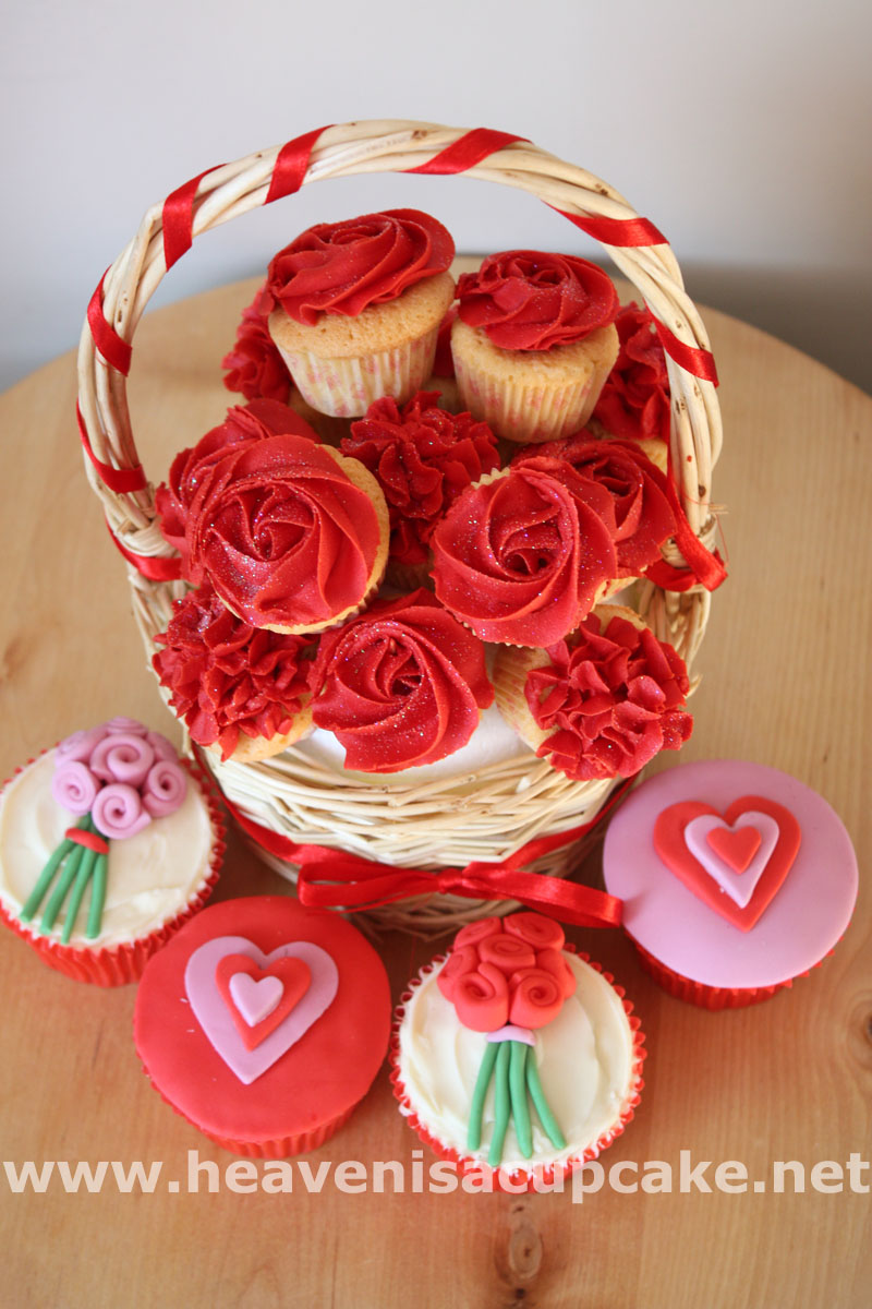 Valentine's Day Cupcakes 2015 - Heaven is a Cupcake - St